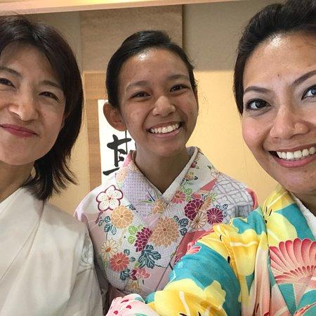 Valokuva: Japanese sweets making and Tea Ceremony in Osaka MAIKOYA