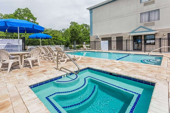 Jesup, GA: Pool