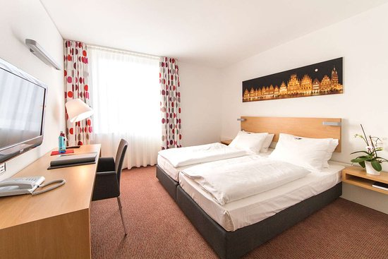 Stadthotel Munster: Double room L