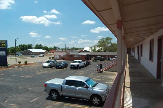 Childress, TX: Corridors