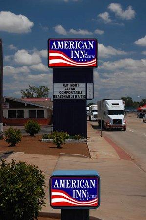 Childress, TX: Signage