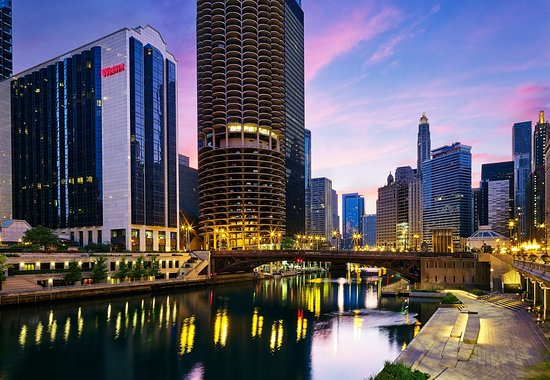 THE WESTIN CHICAGO RIVER NORTH $169 ($̶2̶5̶9̶)