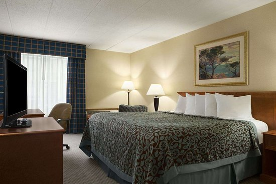 Rock Falls, IL: Standard King Room