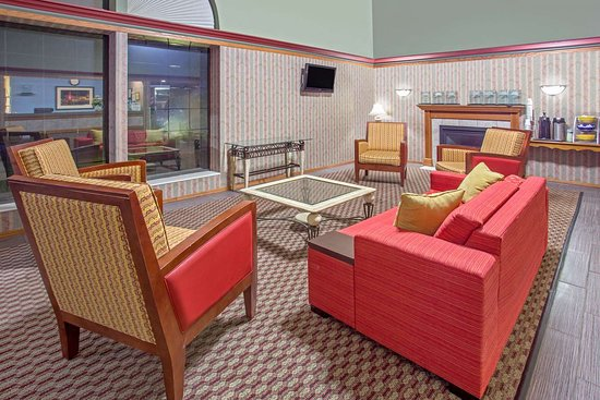 Days Inn by Wyndham Madison NE/Windsor: Lobby