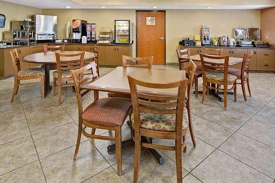دايز إن شايان: Breakfast Area