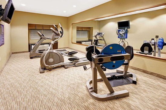 Microtel Inn & Suites by Wyndham Woodstock/Atlanta North: Workout Room