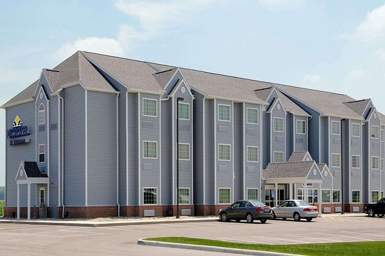 Microtel Inn & Suites by Wyndham Delphos