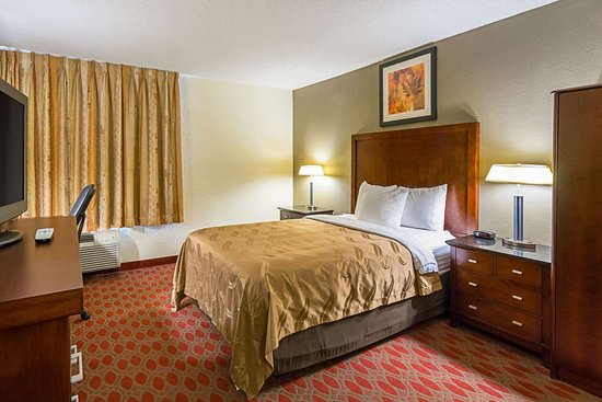 Quality Inn: Guest room with one bed