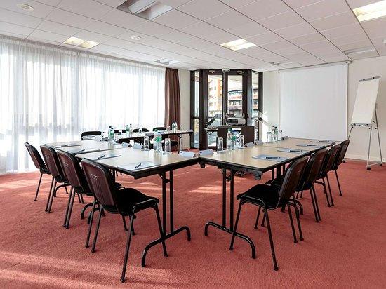 Kyriad Prestige Clermont Ferrand: Kyriad Prestige Clermont séminaire