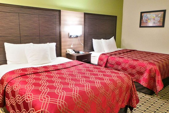 Russellville, Kentucky: Guest room with two beds