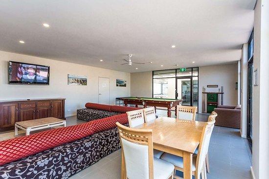 Country Comfort Amity Motel Albany: CAA Games Room