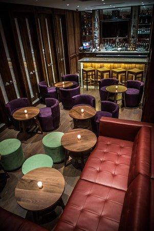 Best Western Premier Herald Square: Lounge