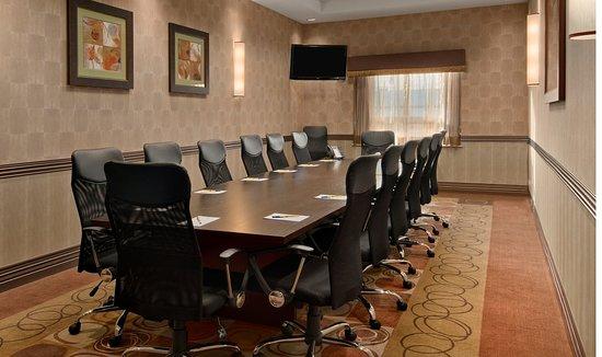 Best Western Premier Freeport Inn Calgary Airport: Meeting Room