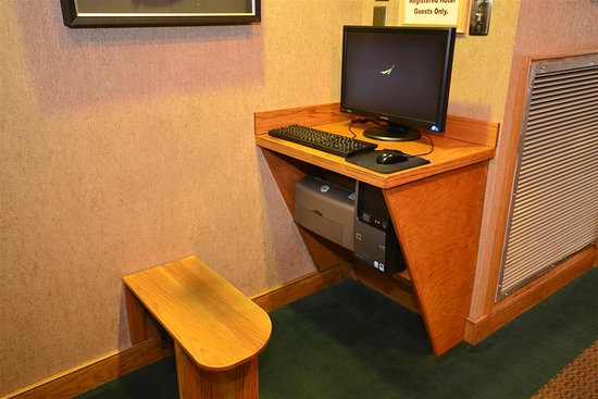 Best Western Mountain Lodge at Banner Elk: Business Center