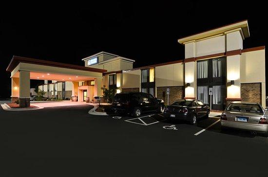 Jonesville, North Carolina: Best Western Yadkin Valley Inn & Sui