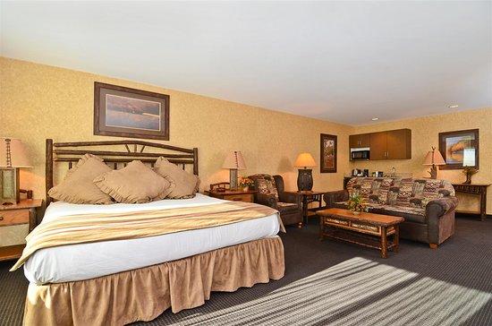 Best Western Plus Kelly Inn & Suites: Spur Valley Suite