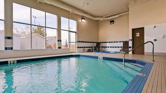 Best Western Plus Red Deer: Indoor Pool