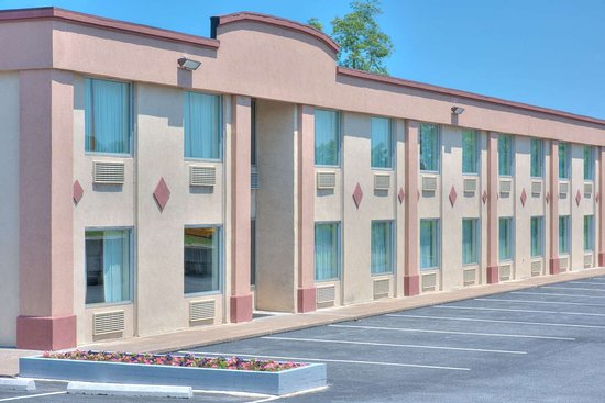 Days Inn by Wyndham New Cumberland/Harrisburg South