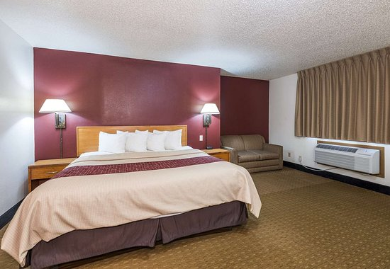Red Roof Inn Maryville