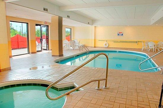 Best Western Mason Inn: Indoor Pool-Hot Tub