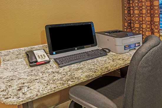 Microtel Inn and Suites by Wyndham Austin Airport: Business Center