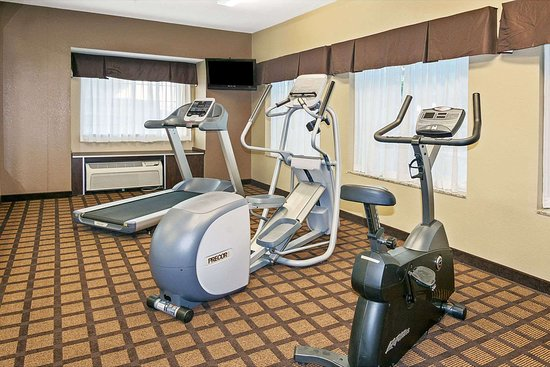 Microtel Inn and Suites by Wyndham Austin Airport: Fitness Center