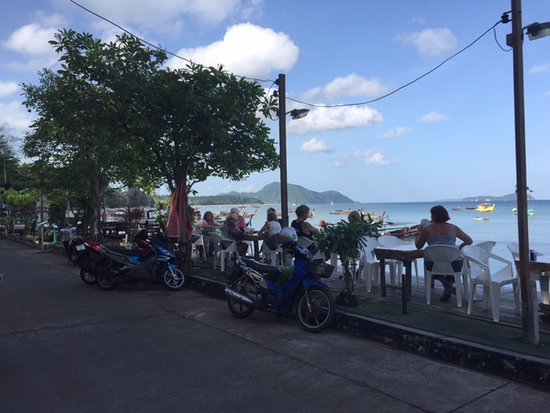 Naat Restaurant: Waterfront dining