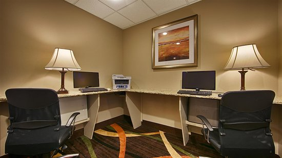 Best Western Plus Woodland Hills Hotel & Suites: Business Center