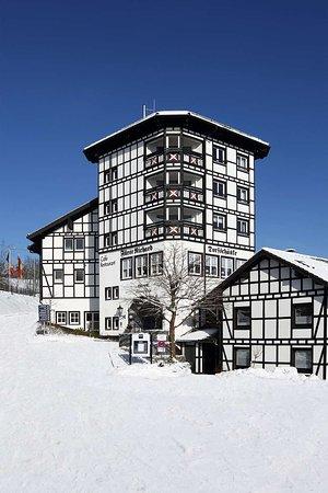 Dorint Hotel & Sportresort: Exterior View