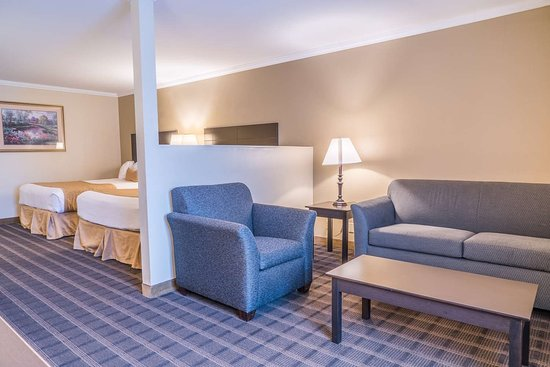 Ontario, Oregon: Mini Suite King Beds and Living Spa