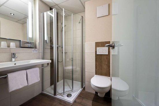 Best Western Plus Hotel Willingen: Bathroom