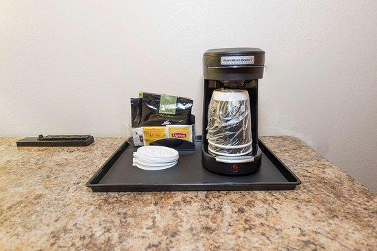 Red Roof Inn & Suites Stafford: Coffee