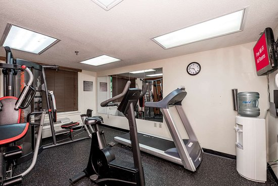 Red Roof Inn & Suites Stafford: Fitness Room