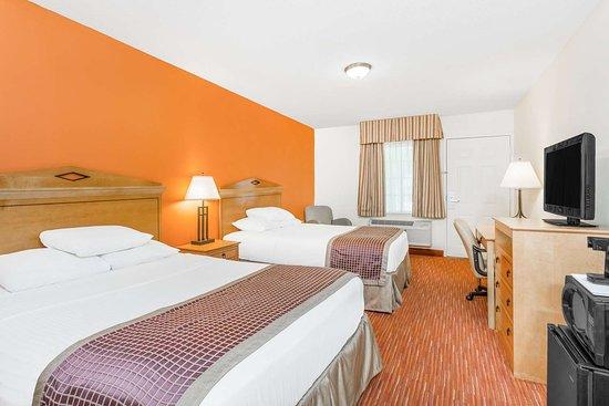 SureStay Hotel by Best Western Manning: 2 Queens
