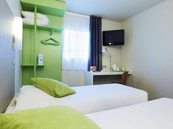campanile morangis orly hotel voir les tarifs 86 avis et 51 photos. Black Bedroom Furniture Sets. Home Design Ideas