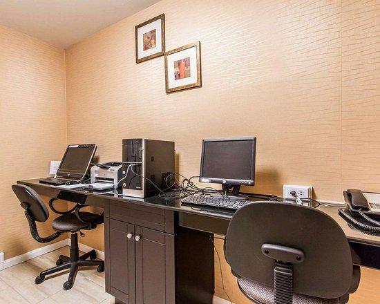 Comfort Inn & Suites Lincoln Talladega I-20: Business center
