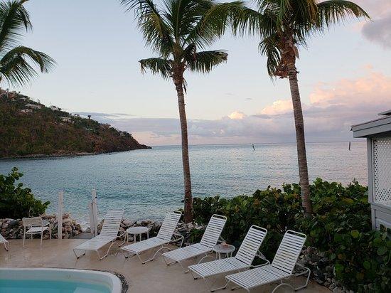Coconut Coast Villas: 20180615_055032_large.jpg
