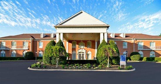 hotel lobby picture of best western spring hill inn suites rh tripadvisor com