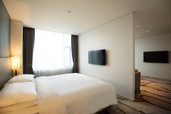 Best Western Arirang Hill Dongdaemun: Suite King Bed Guest Room