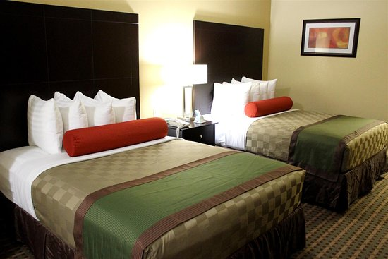 Best Western Plus Edinburg Inn & Suites: Executive 2 Queen Suite Bedroom