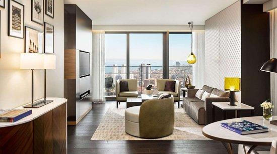 Fairmont Quasar Istanbul: One Bedroom Suite Living Room
