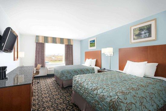 Days Inn by Wyndham Evans Mills Fort Drum: Guest room