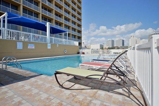 Best Western Corpus Christi: Outdoor Swimming Pool