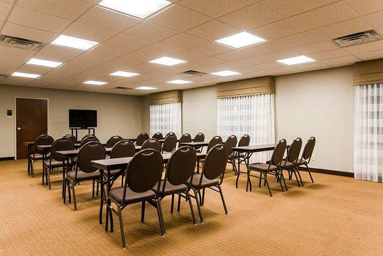 Marion, AL: Conference room