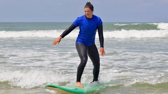 Diotis Surf School: Cours Collectif 2 SURF