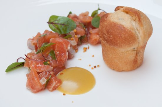 Draper's Hall Restaurant: Tartare of sea trout