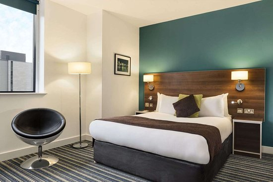 Days Inn by Wyndham Liverpool City Centre: 1 King Bed Accessible Bed Room
