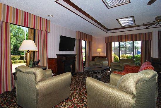 Best Western Lindale Inn: Lobby