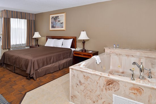 Memphis Hotel Rooms With Jacuzzi