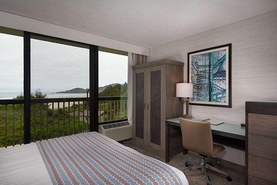 Best Western Plus Agate Beach Inn: Handicap Dbl Queen DSC